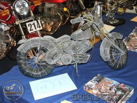 motorcycle-mechanic021