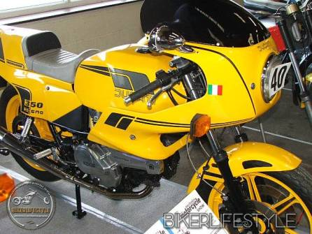 motorcycle-mechanic041
