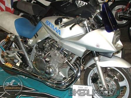 motorcycle-mechanic056