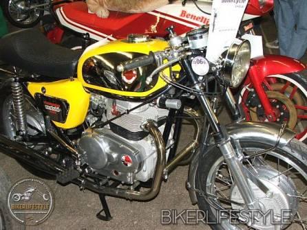 motorcycle-mechanic097