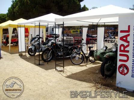 ural bike stall2