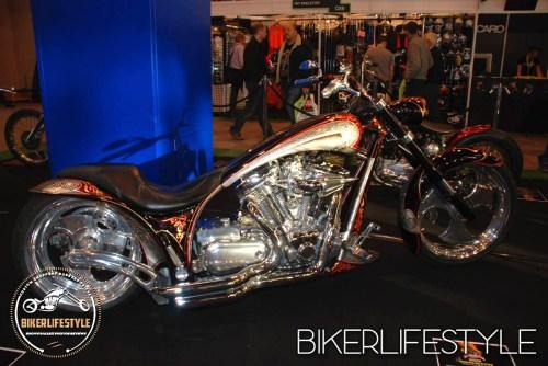 motorcycle-live-nec-001