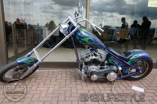Kickback-custom-show-240