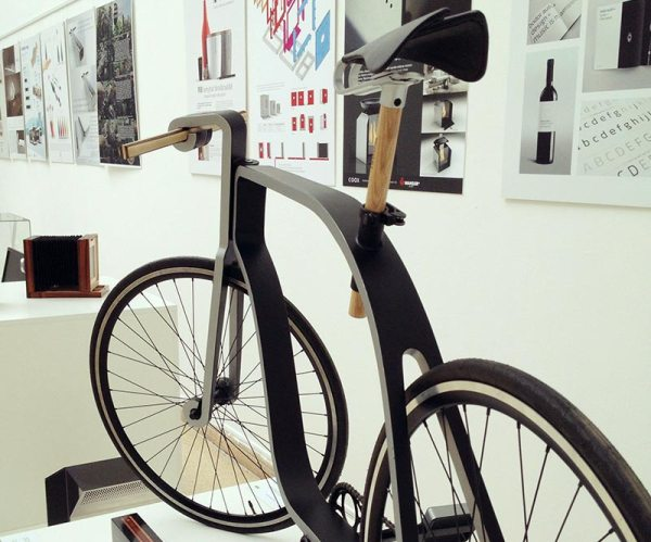 KZS-cycle-concept-prototype-studio-view