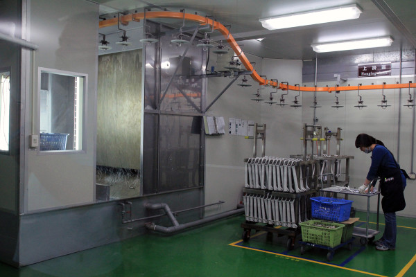 SRAM Taiwan Factory Tours Suspension Shifters Derialleurs Carbon production141