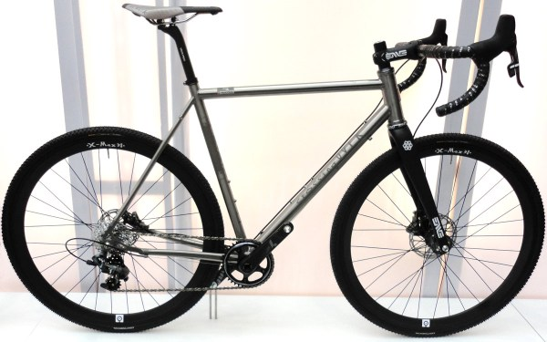 BFS15_Velocipedo_Crossing-Over_titanium_cyclocross_frame_complete