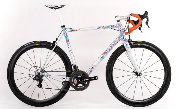 Velocipedo_Cycle-Art_artist-Wasja-Gotze_handpainted_carbon_road_frameset_complete