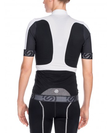 Get Tightier and Mightier With Skins  New Compression Cycling Gear ... d1447f481