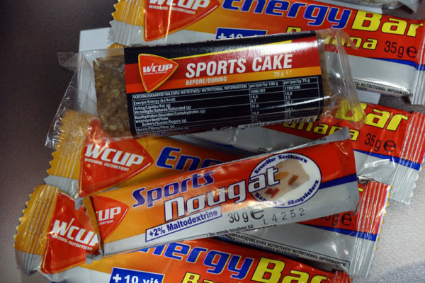 Wcup-Sports-Nougat-and-Sports-Cake-energy-food01