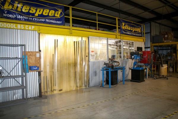 Litespeed titanium bicycle factory tour american bicycle group quintana roo_-117