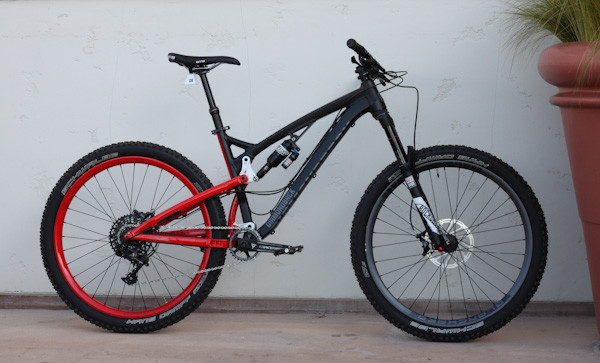 Diamondback Release 3 level link trail bike, side