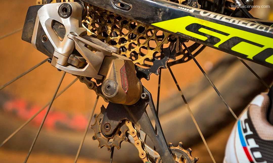 Sneak Peek  SRAM Blackbox Eagle eTap wireless mountain bike shifting   UPDATED bbbf2106e