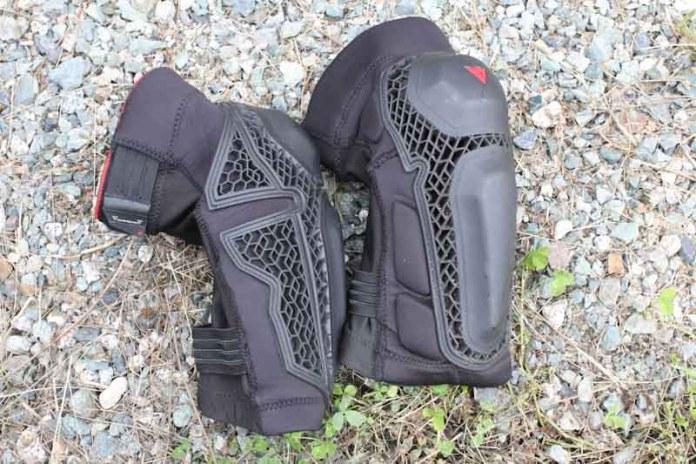 Dainese Enduro Knee Guards, pair