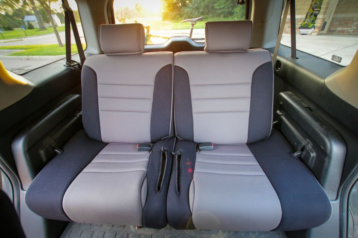 #Vanlife Review: Custom waterproof Honda Element seat covers from Wet Okole