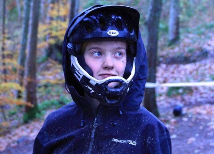 MT500-Waterproof-Suit-onesie-winter-mountain-biking-big-hood