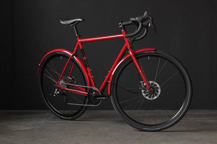 2018 twinsix standard rando steel touring road bike limited edition crimson red color