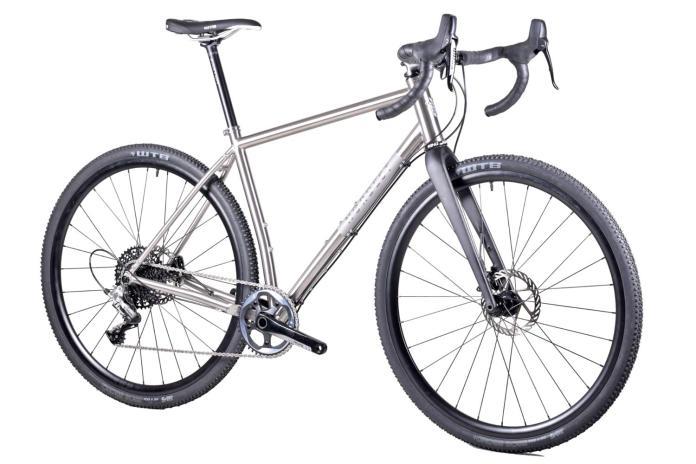 Nordest Albarda Ti affordable titanium all-road adventure gravel bike
