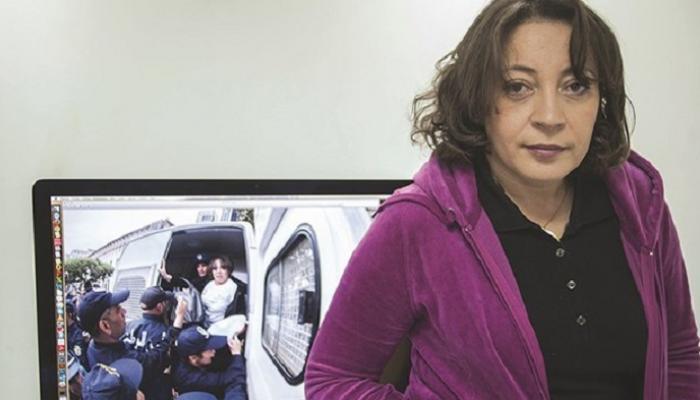 الحكم بالسجن على ناشطة جزائرية بتهمة الإساءة للرسول محمد (صلى الله عليه وسلم) والاستهزاء بأحاديث نبوية