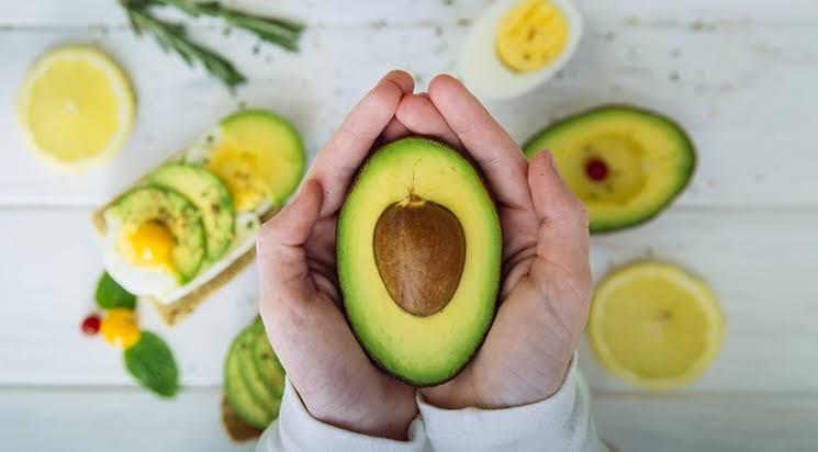 Doğal ve Sağlıklı Yağ İçeren Yiyecekler