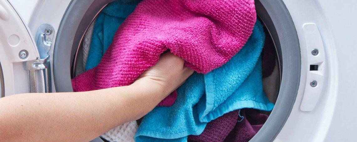 Renkleri Karışan Çamaşır Nasıl Temizlenir ?