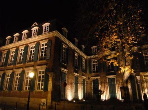 Düsseldorf Altstadt - Hetjensmuseum in der Nacht