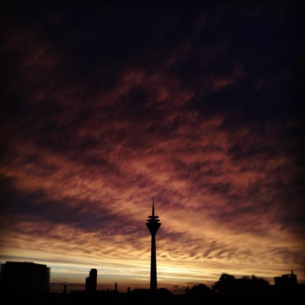 Himmel über der Stadt.