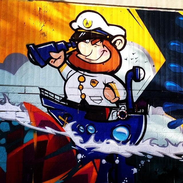 """""""Jo-ho-ho, und 'n Buddel voll Rum."""" ;-) #streetart #graffiti"""