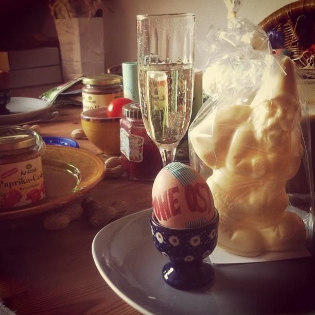 Ein sonniges Pessach-, Oster-, Nester- oder Hasenfest wünschen wir euch allen :-)