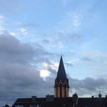Wolken ziehen vorbei – 15 Minuten Sonntagshimmel…