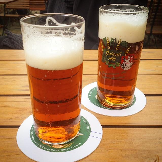 Jetzt erst mal ein Gulasch trinken und dann geht's weiter :-)