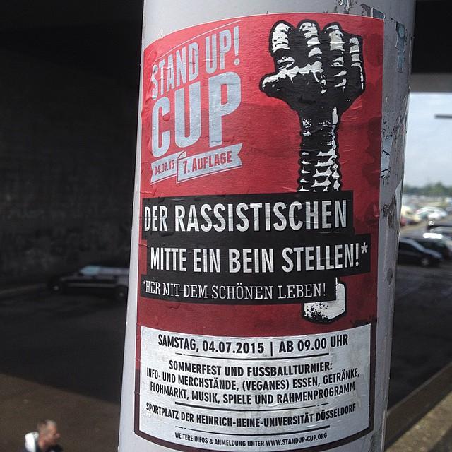 Der StandUp! Cup - ein antirassistisches Sommerfest  und  Fußballturnier findet auch in diesem Jahr wieder an der HHUD statt - 4. Juli ab 9:00 Uhr