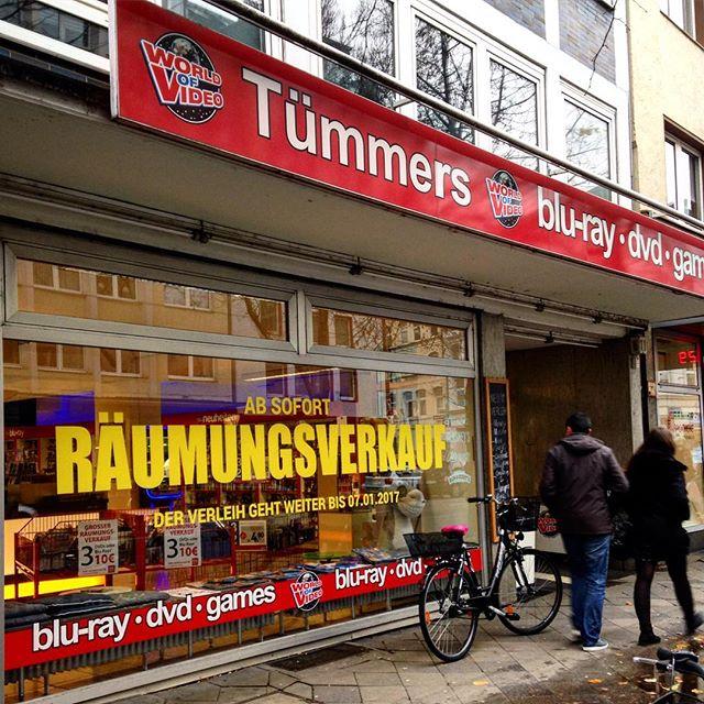 Zeitenwende. Die ehemals größte Videothek in Düsseldorf schließt die Pforten...