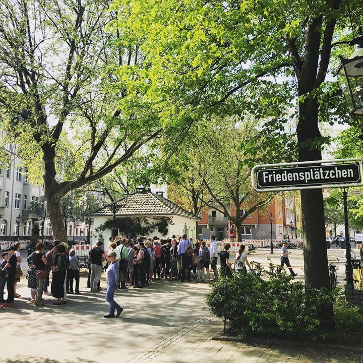 Platzverlosung für den Nachbarschaftsflohmarkt im Mai….