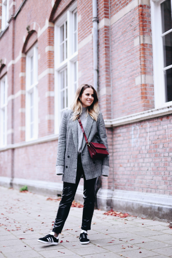 billie-rose-blog-outfit-fall-20-van-34