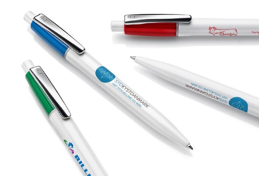 Penne med forskellige trykplaceringer