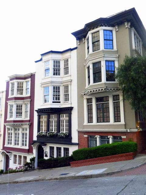 Not quite the mansions of the past, but cool residential architecture on the slopes of Nob Hill. San Francisco, United States, North America.