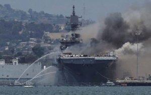 'ABD, yangın yüzünden 1 milyar dolarlık çıkarma gemisini kaybediyor'