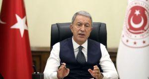 Akar: Mehmetçiğe hakaret eden dilin hesabı hukuk çerçevesinde sorulacak