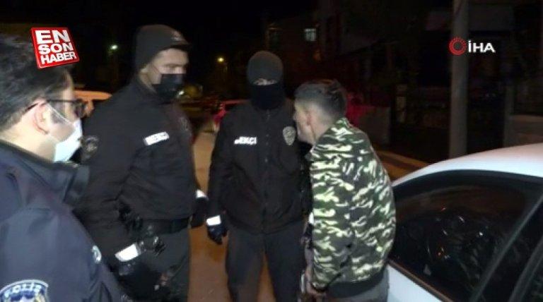 Aksaray'da bir genç gaspa uğradı