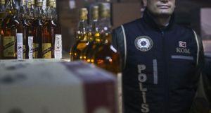 Ankara'da kısıtlamada hafta sonu alkol satışı yasağı yazısı işletmelere gönderildi
