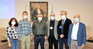 Antalya Büyükşehir Belediye Başkanı Böcek'i tedavi eden ekip: Akciğerini iğne oyası işler gibi açtık