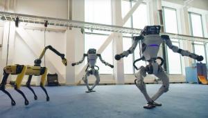 Boston Dynamics'in robotu şimdi de dans etti