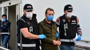 Ceyhan'da 300 milyon liralık yolsuzluk ve 135 bin dolar rüşvet