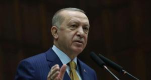 Erdoğan: Milletimizi küresel rüzgarların önünde savurmak isteyenlere meydanı bırakmayacağız