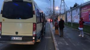 Esenyurt'ta yine aynı manzara! Tıka basa dolu minibüse ceza yazıldı