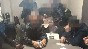 Eve kumar baskını! 14 kişiye 32 bin lira ceza