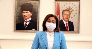 Fatma Şahin'den 'kısıtlamayı duymayan ayakkabı boyacısı' açıklaması: Artık televizyon haberlerini izleyebilecek