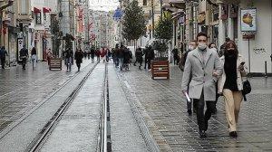 Herkes evde onlar dışarda: Taksim Meydanı ve İstiklal Caddesi turistlere kaldı