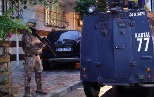 İstanbul merkezli uyuşturucu operasyonu: 22 adrese baskın