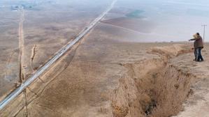 Konya'da üzerinden yol geçen 630 metre çapında obruk tespit edildi